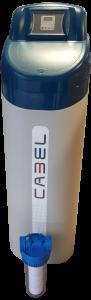 Els descalcificadors Cabel són equips compactes amb tapa de sal basculant i programador integrat. Està compost per ampolla de PRFV amb distribuidors superior i inferiors i cabinet en polielitè.